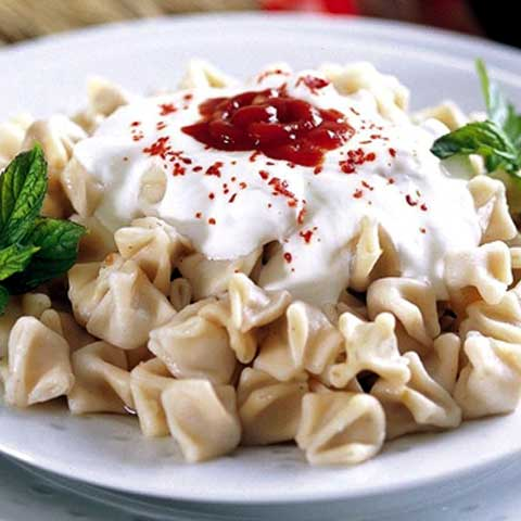 Manti (Turkish ravioli)